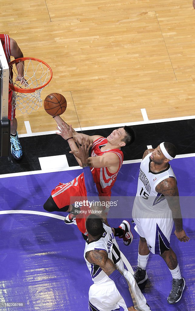 <a gi-track='captionPersonalityLinkClicked' href=/galleries/search?phrase=Jeremy+Lin&family=editorial&specificpeople=6669516 ng-click='$event.stopPropagation()'>Jeremy Lin</a> #7 of the Houston Rockets drives to the basket against the Sacramento Kings on February 10, 2013 at Sleep Train Arena in Sacramento, California.