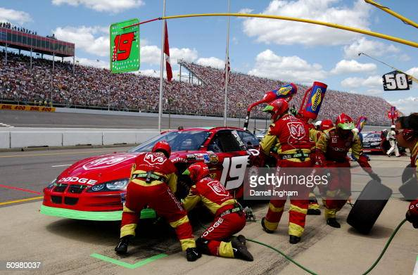 Jeremy Mayfield Pits The 19 Evernham Motorsports Dodge