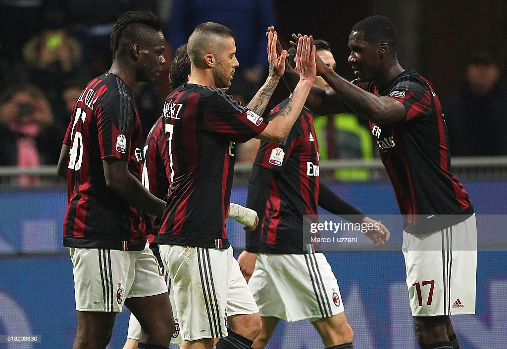 <a gi-track='captionPersonalityLinkClicked' href=/galleries/search?phrase=Jeremy+Menez&family=editorial&specificpeople=648636 ng-click='$event.stopPropagation()'>Jeremy Menez</a> (C) of AC Milan celebrates his second goal with his team-mate <a gi-track='captionPersonalityLinkClicked' href=/galleries/search?phrase=Cristian+Zapata&family=editorial&specificpeople=854055 ng-click='$event.stopPropagation()'>Cristian Zapata</a> (R) during the TIM Cup match between AC Milan and US Alessandria at Stadio Giuseppe Meazza on March 1, 2016 in Milan, Italy.