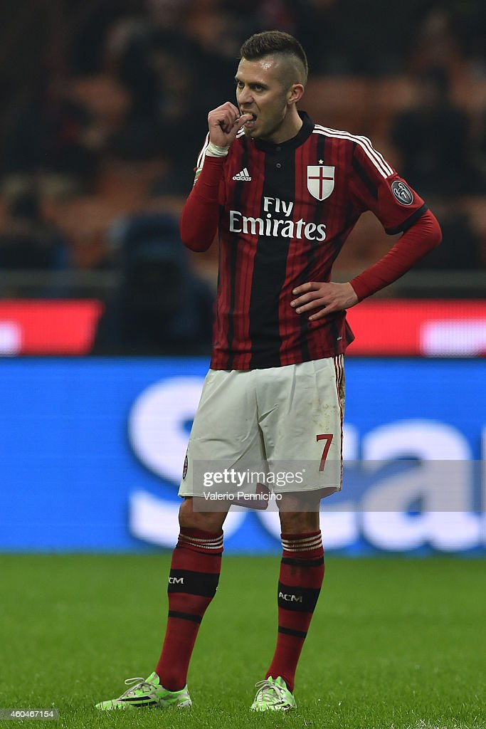 <a gi-track='captionPersonalityLinkClicked' href=/galleries/search?phrase=Jeremy+Menez&family=editorial&specificpeople=648636 ng-click='$event.stopPropagation()'>Jeremy Menez</a> of AC Milan reacts during the Serie A match between AC Milan and SSC Napoli at Stadio Giuseppe Meazza on December 14, 2014 in Milan, Italy.