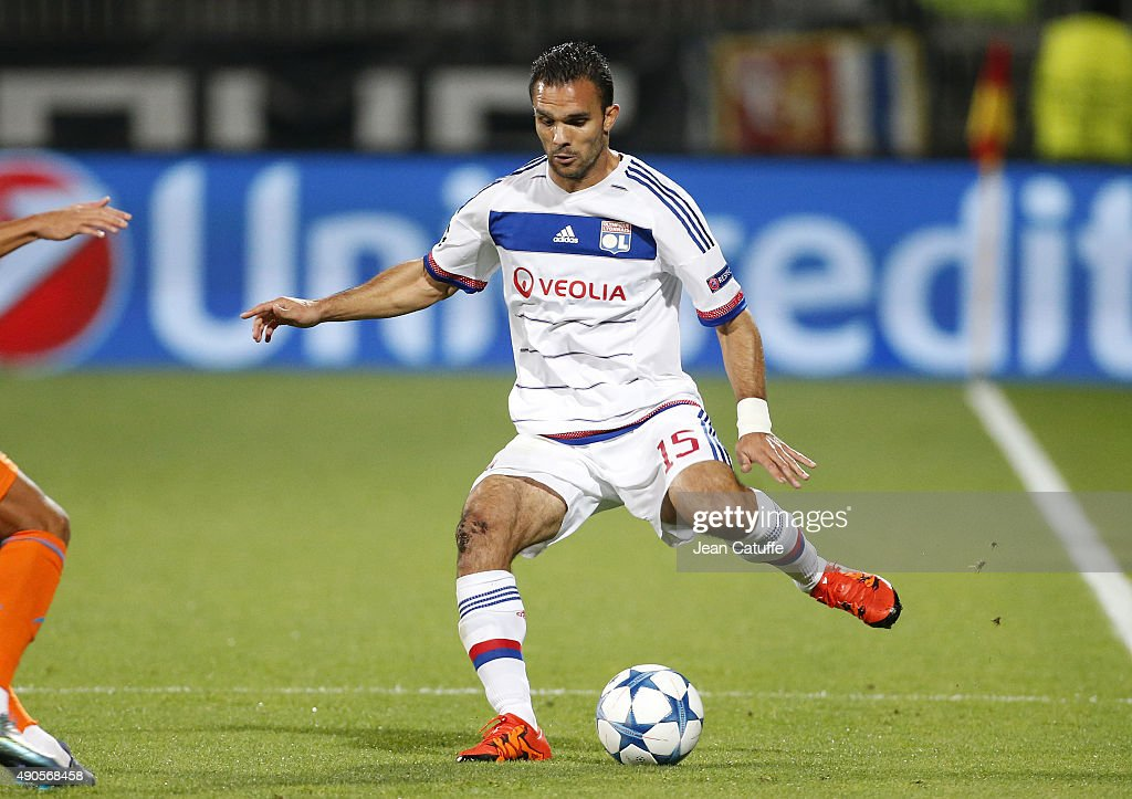 <a gi-track='captionPersonalityLinkClicked' href=/galleries/search?phrase=Jeremy+Morel&family=editorial&specificpeople=650503 ng-click='$event.stopPropagation()'>Jeremy Morel</a> of Lyon in action during the UEFA Champions league match between Olympique Lyonnais (OL) and Valencia CF at Stade de Gerland on September 29, 2015 in Lyon, France.