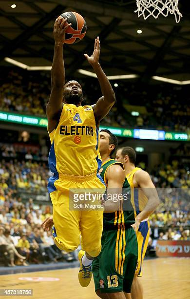 Jeremy Pargo #4 of Maccabi Electra Tel Aviv in action during the 20142015 Turkish Airlines Euroleague Basketball Regular Season Date 1 between...