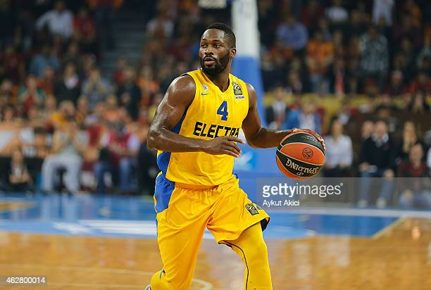 Jeremy Pargo #4 of Maccabi Electra Tel Aviv in action during the Euroleague Basketball Top 16 Date 6 game between Galatasaray Liv Hospital Istanbul v...