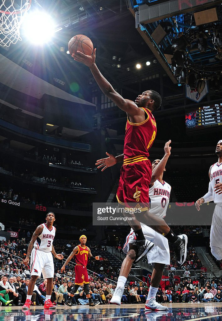 <a gi-track='captionPersonalityLinkClicked' href=/galleries/search?phrase=Jeremy+Pargo&family=editorial&specificpeople=732443 ng-click='$event.stopPropagation()'>Jeremy Pargo</a> #8 of the Cleveland Cavaliers drives to the basket against the Atlanta Hawks at Philips Arena on November 30, 2012 in Atlanta, Georgia.