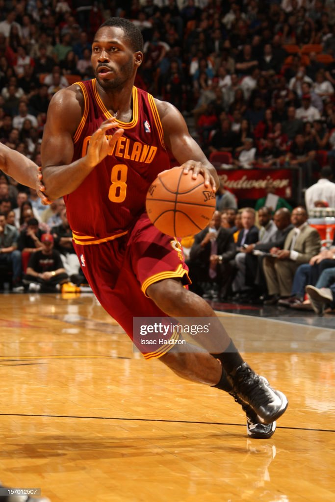 <a gi-track='captionPersonalityLinkClicked' href=/galleries/search?phrase=Jeremy+Pargo&family=editorial&specificpeople=732443 ng-click='$event.stopPropagation()'>Jeremy Pargo</a> #8 of the Cleveland Cavaliers handles the ball against the Miami Heat on November 24, 2012 at American Airlines Arena in Miami, Florida.