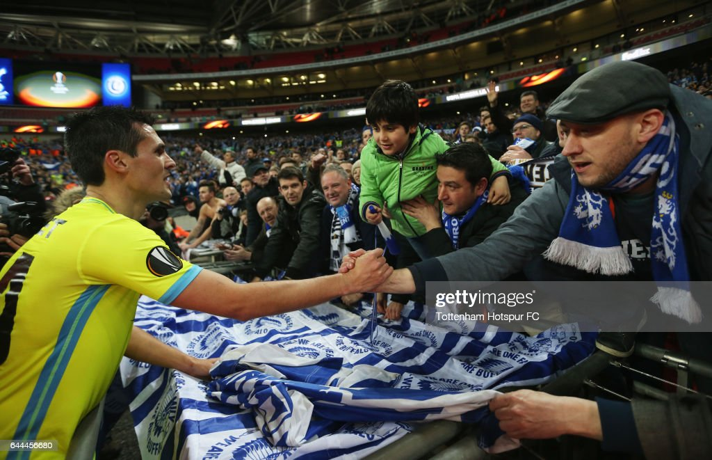 Jeremy Perbet of Gent celebrates with fans after the UEFA Europa League Round of 32 second leg match between Tottenham Hotspur and KAA Gent at Wembley Stadium on February 23, 2017 in London, United Kingdom. The match finished 2-2 with Gent winning 3-2 on aggregate.