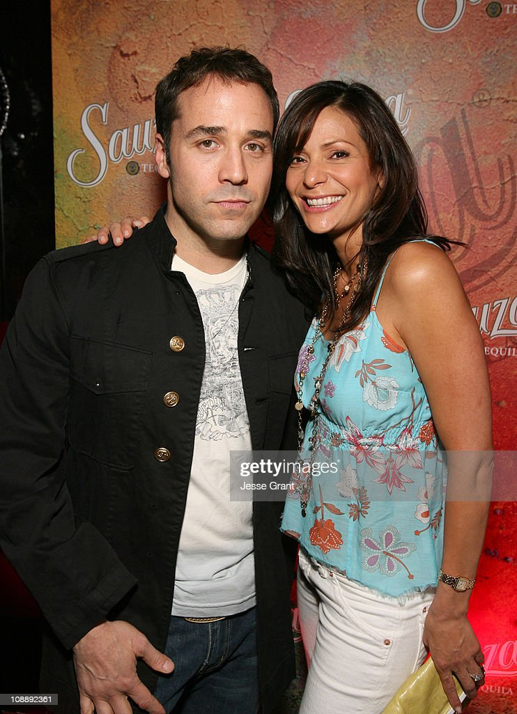 Jeremy Piven and Constance Marie