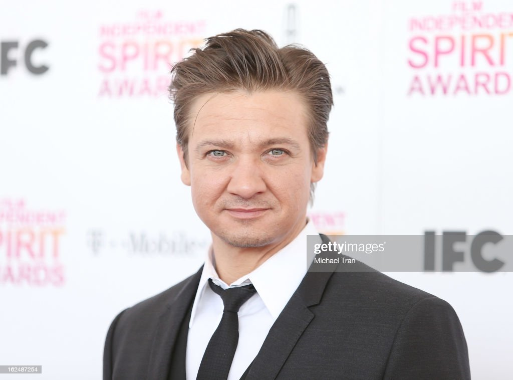 <a gi-track='captionPersonalityLinkClicked' href=/galleries/search?phrase=Jeremy+Renner&family=editorial&specificpeople=708701 ng-click='$event.stopPropagation()'>Jeremy Renner</a> arrives at the 2013 Film Independent Spirit Awards held on February 23, 2013 in Santa Monica, California.