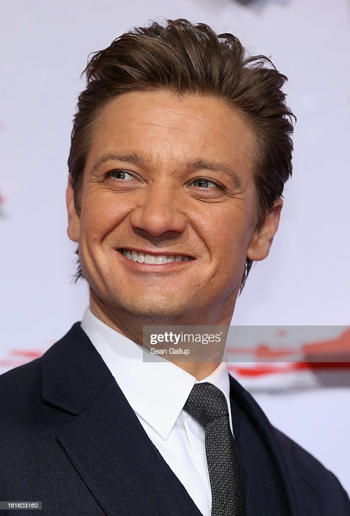 Jeremy Renner attends the German premiere of 'Hansel and Gretel: Witch Hunters' at the Kulturbrauerei on February 12, 2013 in Berlin, Germany.