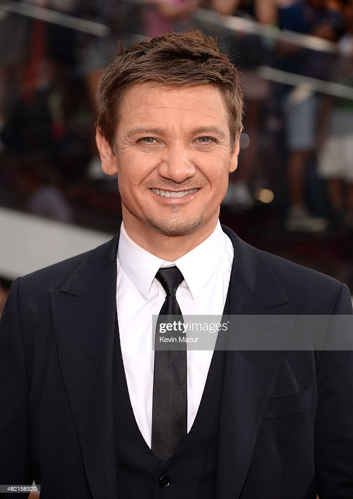 <a gi-track='captionPersonalityLinkClicked' href=/galleries/search?phrase=Jeremy+Renner&family=editorial&specificpeople=708701 ng-click='$event.stopPropagation()'>Jeremy Renner</a> attends the New York premiere of 'Mission Impossible: Rogue Nation' at Times Square on July 27, 2015 in New York City.
