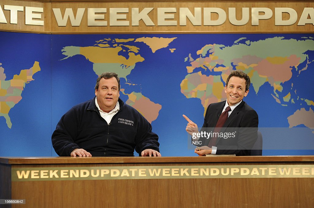 LIVE -- 'Jeremy Renner' Episode 1628 -- Pictured: (l-r) Governor <a gi-track='captionPersonalityLinkClicked' href=/galleries/search?phrase=Chris+Christie&family=editorial&specificpeople=6480114 ng-click='$event.stopPropagation()'>Chris Christie</a>, Seth Meyers --