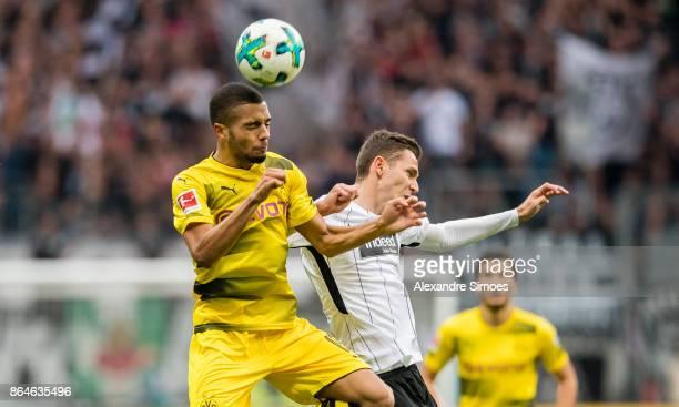 Jeremy Toljan of Borussia Dortmund in action during the Bundesliga match between Eintracht Frankfurt and Borussia Dortmund at the CommerzbankArena on...