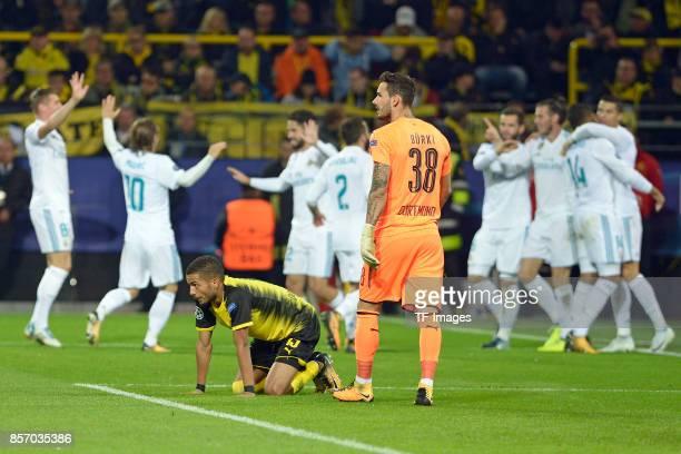 Jeremy Toljan of Dortmund Roman Buerki of Dortmund looks on during the UEFA Champions League group H match between Borussia Dortmund and Real Madrid...