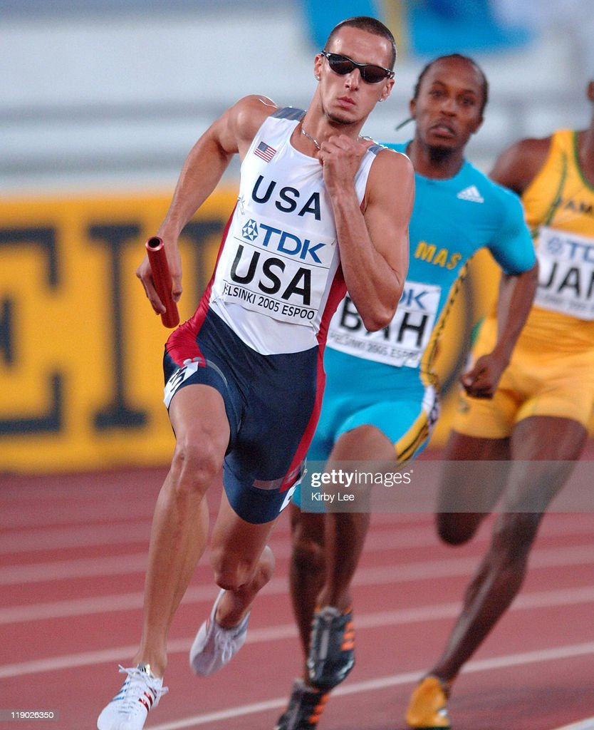 Jeremy Wariner anchors victorious United States 1,600-meter relay that timed 2:56.91 in the IAAF World Championships in Athletics at Olympic Stadium in Helsinki, FInland on Sunday, August 14, 2005.
