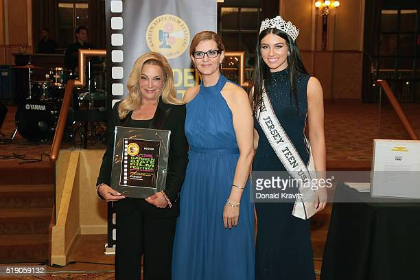 Jeri Rice accepts award from Margaret Fontana with Miss New Jersey Teen USA Gina Mellish at Awards Dinner as she attends the 14th Annual Garden State...