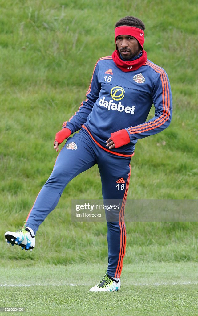 Jermain Defoe during a Sunderland AFC training session at The Academy of Light on April 29, 2016 in Sunderland, England.