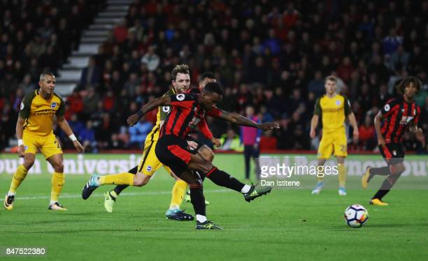Jermain Defoe of AFC Bournemouth scores their second goal during the Premier League match between AFC Bournemouth and Brighton and Hove Albion at...