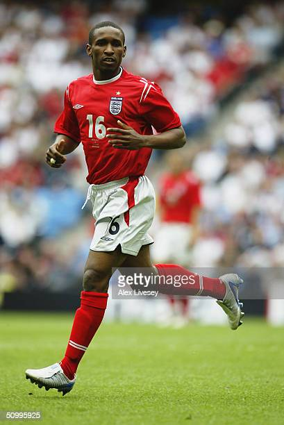 Jermain Defoe of England in action during the FA Summer Tournament match between England and Iceland held on June 5 2004 at the City of Manchester...