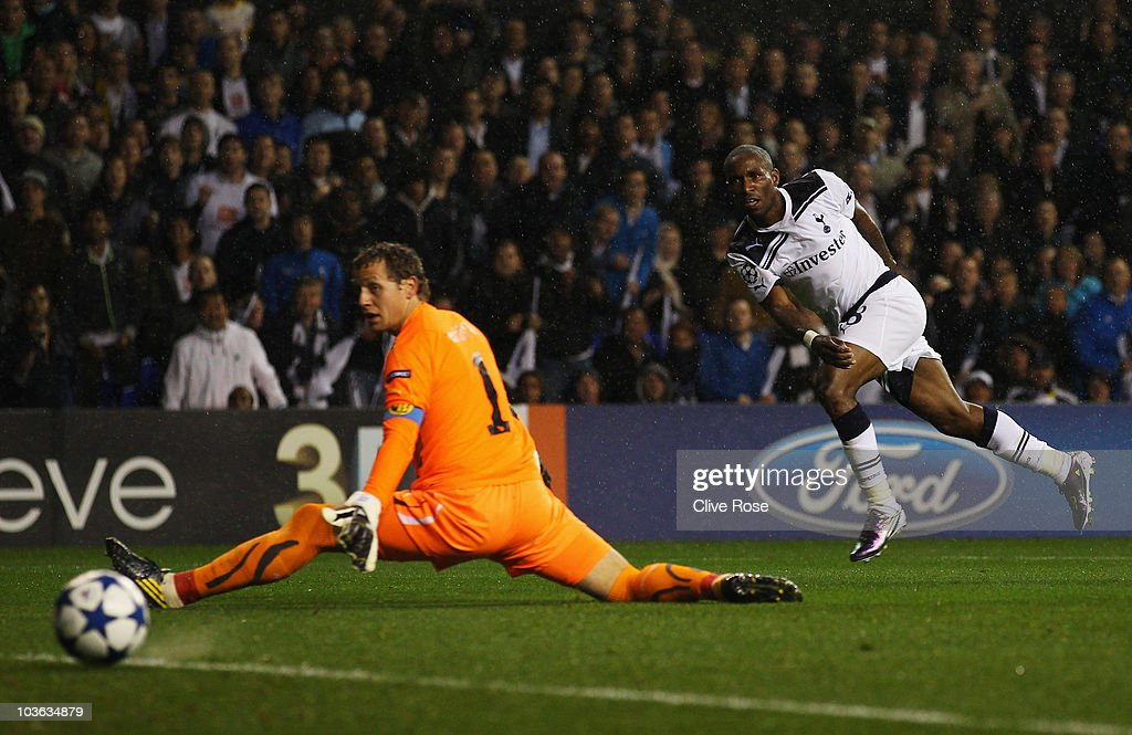 <a gi-track='captionPersonalityLinkClicked' href=/galleries/search?phrase=Jermain+Defoe&family=editorial&specificpeople=171106 ng-click='$event.stopPropagation()'>Jermain Defoe</a> of Tottenham Hotspur shoots past goalkeeper Marco Wolfli of BSC Young Boys but misses during the UEFA Champions League play-off second leg match between Tottenham Hotspur and BSC Young Boys at White Hart Lane on August 25, 2010 in London, England.