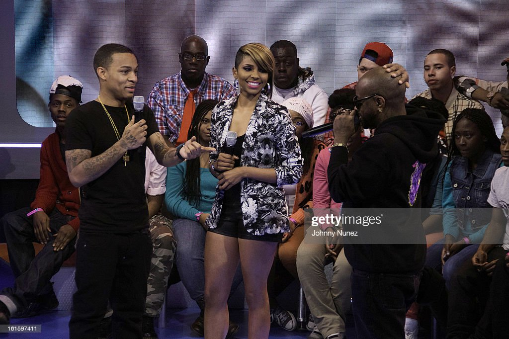 Jermaine Dupri (r) visits BET's '106 & Park' with hosts Bow Wow (L) and Ms. Mykie (c) at BET Studios on February 11, 2013 in New York City.