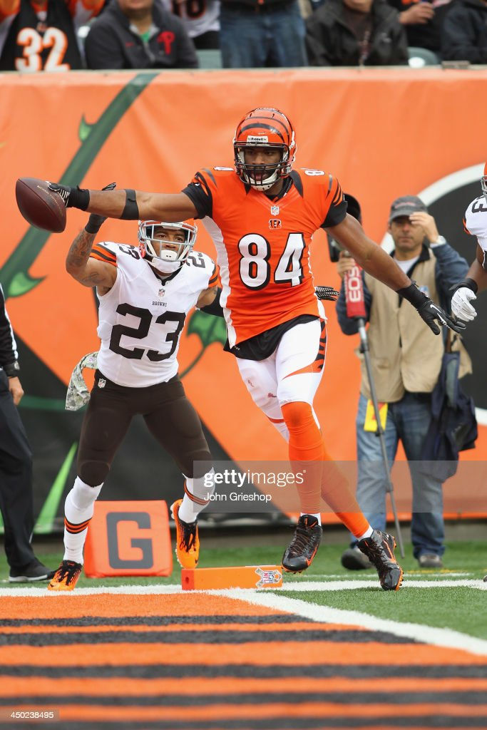 7ad177758 ... Bengals scores a touchdown during the first half of Nike NFL Cincinnati  Bengals 84 Jermaine Gresham Limited Youth Black Team Color Jersey Sale ...
