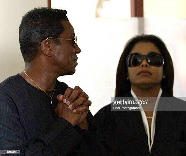 Jermaine Jackson and Janet Jackson react as they leave Santa Barbara County Superior Court in Santa Maria Calif Monday June 13 after Michael Jackson...