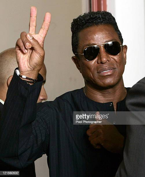 Jermaine Jackson brother of Michael Jackson flashes the peace sign as he leaves Santa Barbara County Superior Court in Santa Maria Calif Monday June...