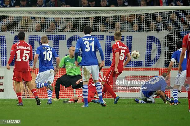 Jermaine Jones of Schalke scores his team's third goal during the UEFA Europa League Round of 16 second leg match between FC Schalke 04 and FC Twente...