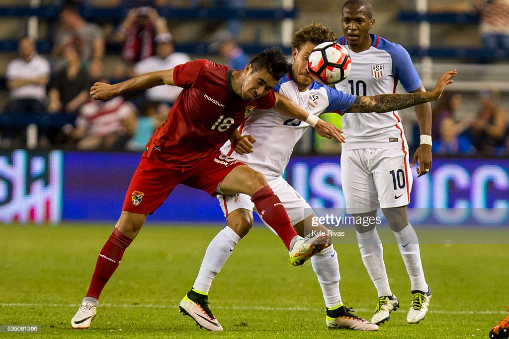 <a gi-track='captionPersonalityLinkClicked' href=/galleries/search?phrase=Jermaine+Jones+-+Soccer+Player&family=editorial&specificpeople=12906336 ng-click='$event.stopPropagation()'>Jermaine Jones</a> #13 of USA and Rodrigo Ramallo #18 of Bolivia attempt to head a lose ball late in the second half of the COPA America Centenario USA 2016 on May 28, 2016 at Children's Mercy Park in Kansas City, Kansas.