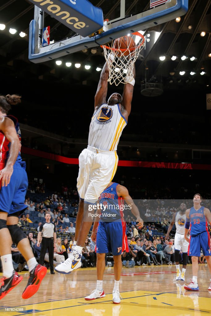 Jermaine O'Neal #7 of the Golden State Warriors dunks against the Detroit Pistons on November 12, 2013 at Oracle Arena in Oakland, California.