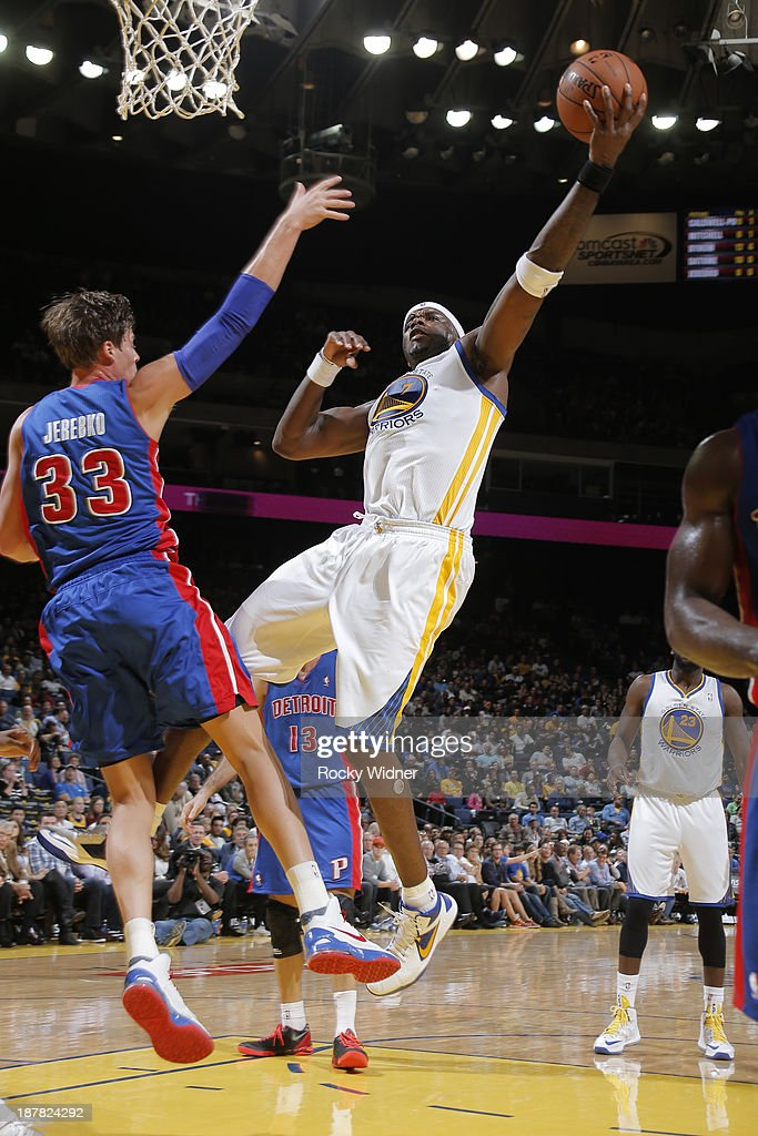 <a gi-track='captionPersonalityLinkClicked' href=/galleries/search?phrase=Jermaine+O%27Neal&family=editorial&specificpeople=201524 ng-click='$event.stopPropagation()'>Jermaine O'Neal</a> #7 of the Golden State Warriors shoots against <a gi-track='captionPersonalityLinkClicked' href=/galleries/search?phrase=Jonas+Jerebko&family=editorial&specificpeople=5942357 ng-click='$event.stopPropagation()'>Jonas Jerebko</a> #33 of the Detroit Pistons on November 12, 2013 at Oracle Arena in Oakland, California.