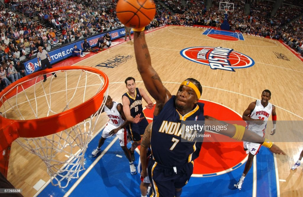 Jermaine O'Neal of the Indiana Pacers dunks in a game against the Detroit Pistons on April 9 2006 at the Palace of Auburn Hills in Auburn Hills...