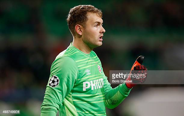 Jeroen Zoet goalkeeper of Eindhoven gestures during the UEFA Champions League Group B match between VfL Wolfsburg and PSV Eindhoven at Volkswagen...