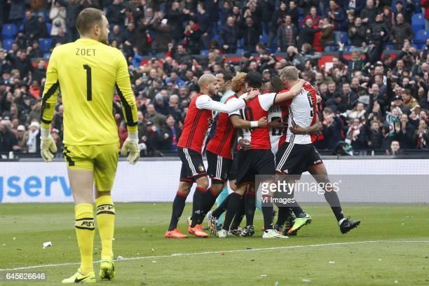 Jeroen Zoet of PSV Karim El Ahmdadi of Feyenoord Tonny Vilhena of Feyenoord Steven Berghuis of Feyenoord Jens Toornstra of Feyenoord Nicolai...