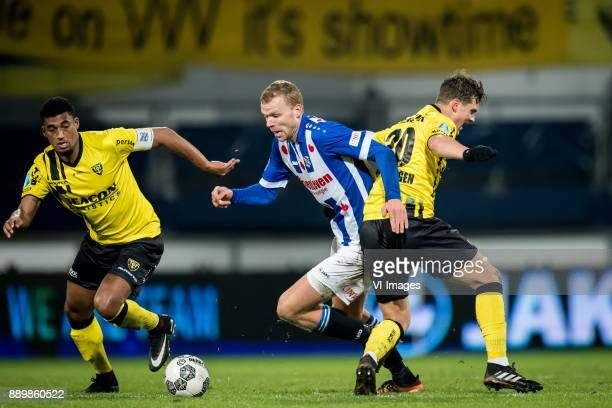Jerold Promes of VVV Damian van Bruggen of VVV Henk Veerman of sc Heerenveen during the Dutch Eredivisie match between sc Heerenveen and VVV Venlo at...