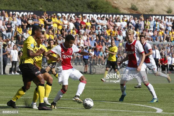 Jerold Promes of VVVVenlo Moreno Rutten of VVVVenlo David Neres of Ajax Kasper Dolberg of Ajax during the Dutch Eredivisie match between VVV Venlo...