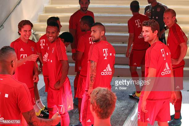 Jerome Boateng Gianluca Gaudino Julien Green Arturo Vidal Thomas Mueller and Sebastian Rode of Bayern Muenchen wait at the players' tunnel before the...