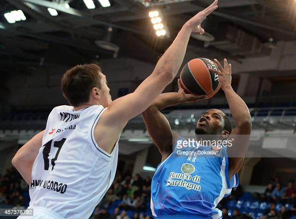 Jerome Dyson #11 of Dinamo Banco di Sardegna Sassari in action during the 20142015 Turkish Airlines Euroleague Basketball Regular Season Date 1...