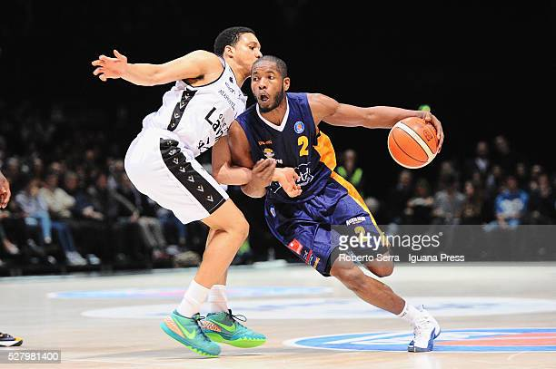 Jerome Dyson of Manital competes with Abdul Gaddy of Obiettivo Lavoro during the LegaBasket match between Virtus Obiettivo Lavoro Bologna v Auxilium...