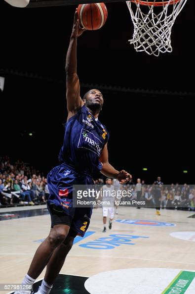 Jerome Dyson of Manital in action during the LegaBasket match between Virtus Obiettivo Lavoro Bologna v Auxilium Manital Torino at Unipol Arena on...