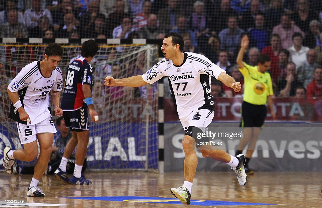 <a gi-track='captionPersonalityLinkClicked' href=/galleries/search?phrase=Jerome+Fernandez&family=editorial&specificpeople=791049 ng-click='$event.stopPropagation()'>Jerome Fernandez</a> of Kiel celebrates during the Toyota Handball Bundesliga match between SG Flensburg-Handewitt and THW Kiel at the Campus Hall on October 13, 2010 in Flensburg, Germany.