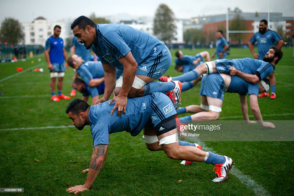 <a gi-track='captionPersonalityLinkClicked' href=/galleries/search?phrase=Jerome+Kaino&family=editorial&specificpeople=566976 ng-click='$event.stopPropagation()'>Jerome Kaino</a> of the All Blacks kneels on <a gi-track='captionPersonalityLinkClicked' href=/galleries/search?phrase=Liam+Messam&family=editorial&specificpeople=601526 ng-click='$event.stopPropagation()'>Liam Messam</a> during a New Zealand All Blacks training session at Laytmers on November 4, 2014 in London, England.