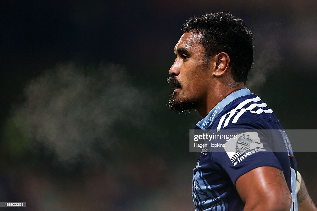 <a gi-track='captionPersonalityLinkClicked' href=/galleries/search?phrase=Jerome+Kaino&family=editorial&specificpeople=566976 ng-click='$event.stopPropagation()'>Jerome Kaino</a> of the Blues looks on during the round 13 Super Rugby match between the Chiefs and the Blues at Yarrow Stadium on May 9, 2014 in New Plymouth, New Zealand.