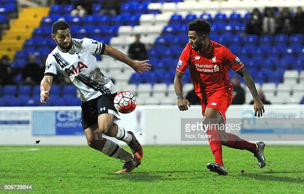 Jerome Sinclair of Liverpool and Cameron CarterVickers of Tottenham Hotspur in action during the Liverpool and Tottenham Hotspur Barclays U21 Premier...