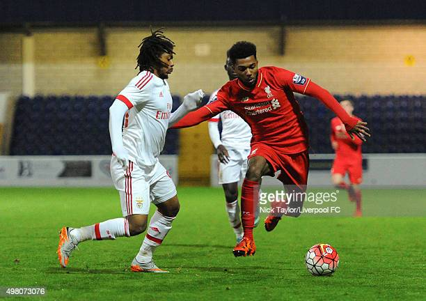 Jerome Sinclair of Liverpool and Hiderberto Pereira of Benfica in action during the Premier League U21 International Cup match between Liverpool U21...