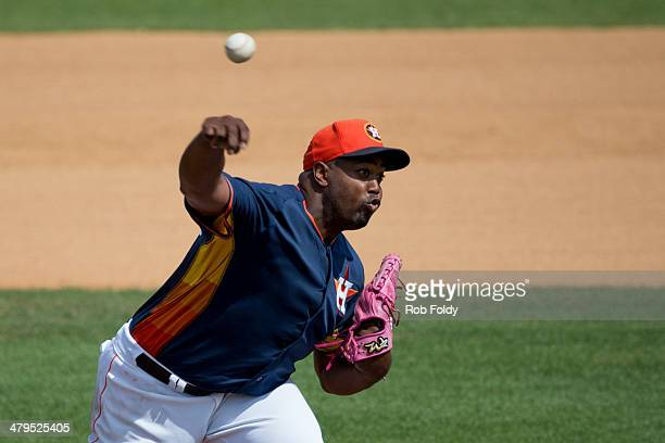 Jerome Williams of the Houston Astros pitches during a spring training game against the Washington Nationals at Osceola County Stadium on March 12...