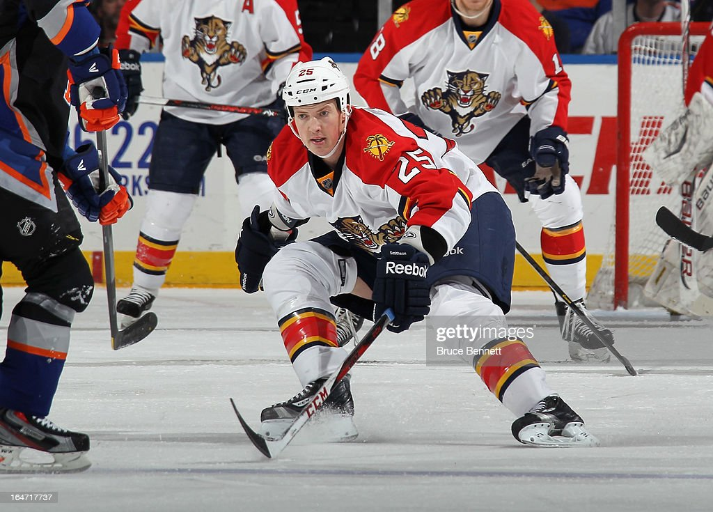 Jerred Smithson #25 of the Florida Panthers skates against the New York Islanders at the Nassau Veterans Memorial Coliseum on March 24, 2013 in Uniondale, New York.