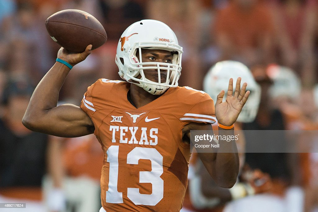 Jerrod Heard of the Texas Longhorns drops back to pass against the California Golden Bears during the first quarter on September 19 2015 at Darrell K...