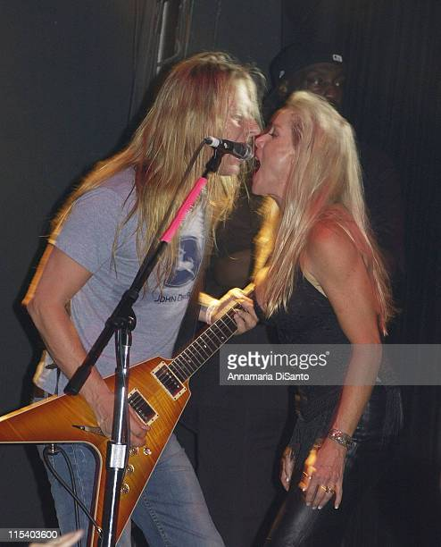 Jerry Cantrell of Alice in Chains and Cherie Currie of the Runaways