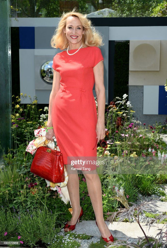 <a gi-track='captionPersonalityLinkClicked' href=/galleries/search?phrase=Jerry+Hall&family=editorial&specificpeople=171120 ng-click='$event.stopPropagation()'>Jerry Hall</a> attends the VIP preview day of The Chelsea Flower Show held at the Royal Hospital Chelsea on May 19, 2014 in London, England.